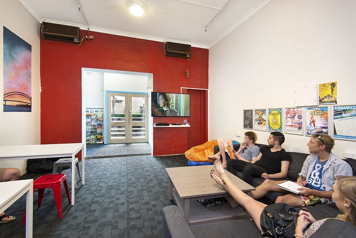 Hump Backpacker TV Room